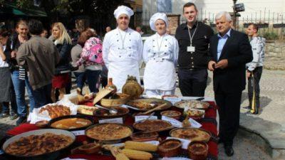 Студентите на ФТБЛ добија признанија за учество на Саем за храна во Крушево