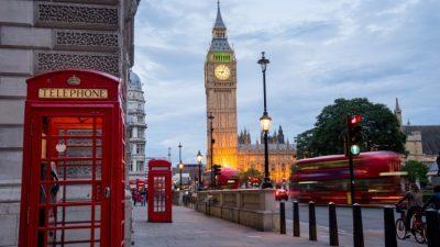 Лондон најави забрана за огласување нездрава храна во јавниот превоз