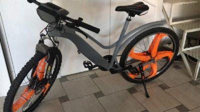 Студенти од Машинскиот факултет создадоа велосипед кој го прочистува воздухот