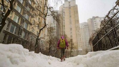 Жолт снег ја покри Кина – кои се објаснувањата за овој феномен?