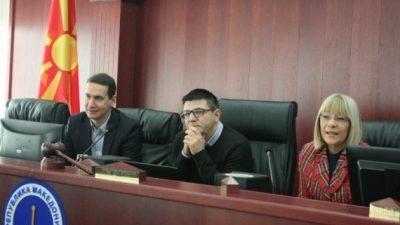 Идните правници на средба со пратениците Казанџиска и Ѓорчев
