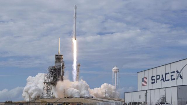 spaceX-satellite-e1528102392319.jpg