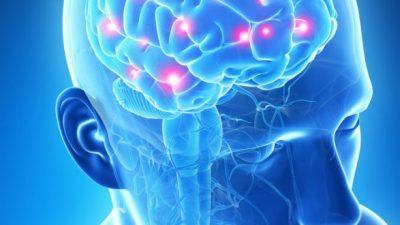 Едноставен тест на крвта открива Алцхајмерова болест до 16 години пред да почнат симптомите