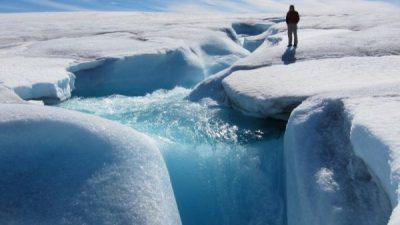 Гренланд се топи побрзо отколку што мислеа научниците – не може да се сопрат катастрофалните последици!