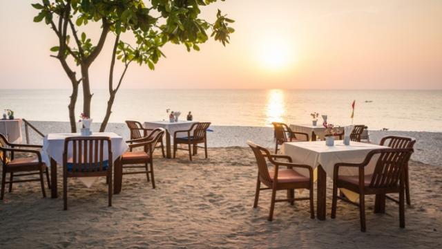 beach-restaurant.png