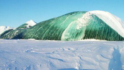 Мистериозен зелен мраз на Антарктикот: Никој не знае како настанува