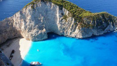 Најубавата плажа на Закинтос ќе биде повторно отворена за туристи
