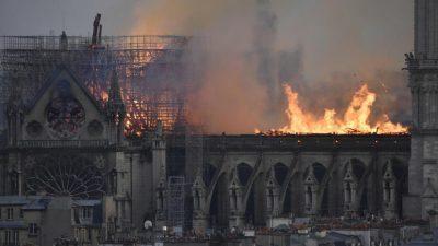 Покривот на Нотр Дам е невозможно да биде обновен: Француски архитект го откри проблемот кој го направиле градителите на црквата