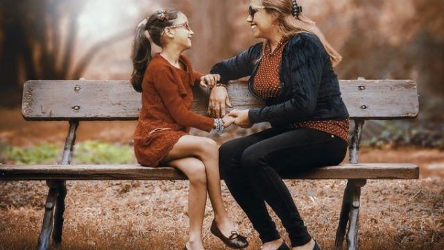 mother-and-daughter-3281388_960_720-681x480.jpg
