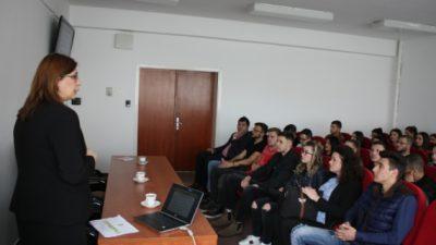 Вицегувернерката на НБРМ одржа предавање пред студентите