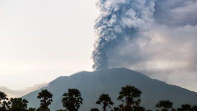 Дали Нострадамус уште пред 500 години ја предвидел најголемата вулканска ерупција во историјата?