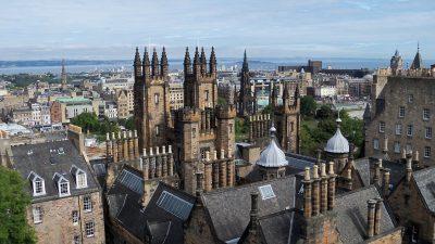 Програма за стипендии за странски студенти во Шкотска