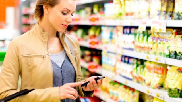 smarthone-and-shopping-e1557593530613.jpeg