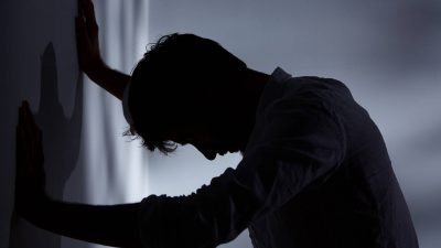 Луѓето за кои никогаш нема да помислите всушност патат од депресија