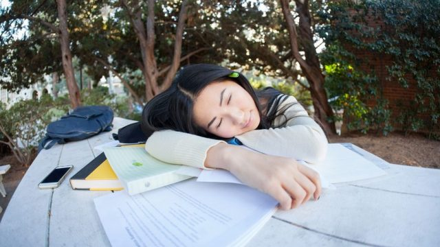 students_sleeping_1561627632.jpg
