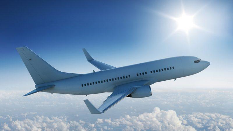 Дали некогаш сте се запрашале зошто патничките авиони …