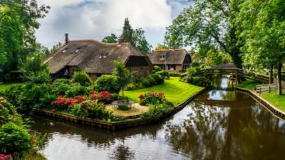 Ова холандско селце нема ниту една улица