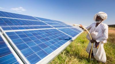 Индија ја произведува најевтината соларна енергија во светот!