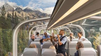 Со овој воз со стаклен покрив ќе ги видите неверојатните пејзажи на Канада