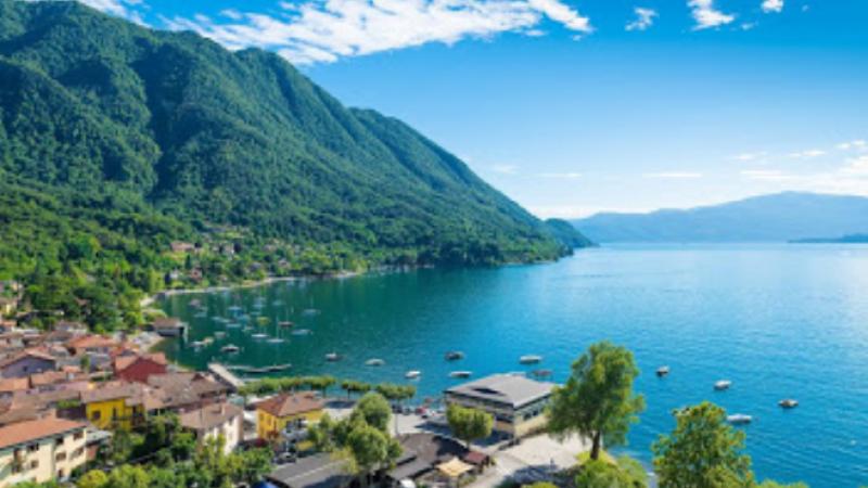 Кантон на југот на Швајцарија продава куќи поевтино …