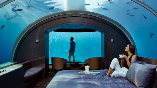 underwater-hotel-e1562102005455.png