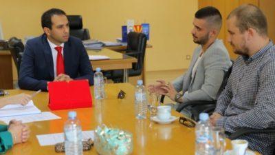 Градоначалникот на Штип ги прими најдобрите студенти по медицина