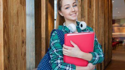 Можеби немора да учите на почетокот од академската година, но овие пет работи мора да ги направите
