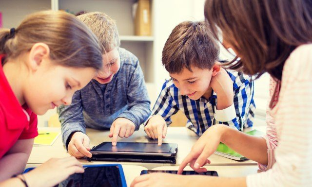 children-computers-640x385.jpg