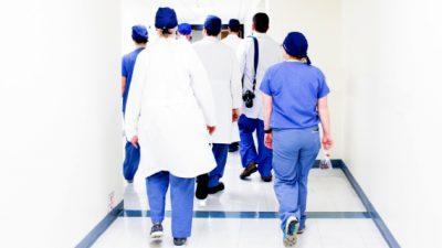 10.000 студенти по медицина во Италија предвреме дипломираа поради кризата со коронавирусот
