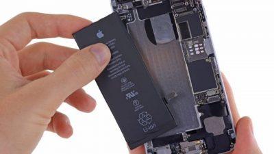 Европската комисија планира да форсира производители на смартфони да прават лесно заменливи батерии