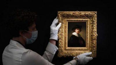 АУКЦИЈА СО АСТРОНОМСКА ЦЕНА: Автопортрет на Рембрант продаден за 16 милиони евра