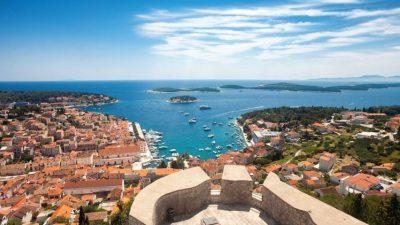 Грчка доминација: Топ-листа на најубавите острови во Европа за 2020 година