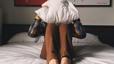 Наутро се будите без волја? Неколку работи кои мора да ги направите за денот да не ви почнува лошо