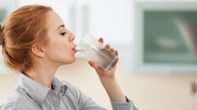 Што се случува во телото ако не пиеме доволно вода?