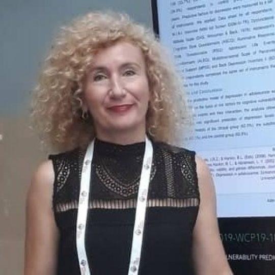 Prof.-D-r-Lenche-Milosheva-se-stekna-so-licenca-za-racionalno-emotivna-i-kognitivno-bihejvioralna-psihoterapija.jpg
