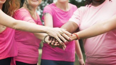 Што треба да знаат жените за ракот на дојка во своите 30-ти и 50-ти