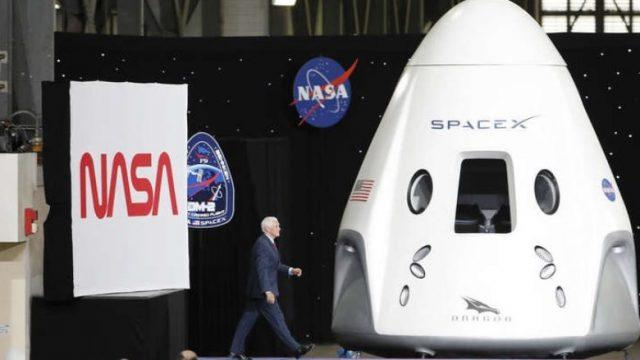 Za-pat-do-Mesechinata-i-Mars-Spejs-Iks-dobi-novi-19-milijardi-dolari.jpg