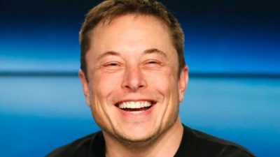 Електрични автомобили, приватни ракети – како Илон Маск го менува светот? (ВИДЕО)