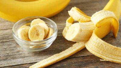 Вашата кожа ќе ја обожава оваа едноставна маска од банана