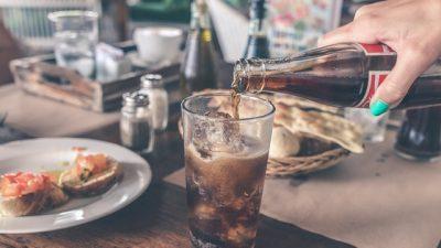 Вознемирувачки факти за газираните пијалаци кои треба да ги знаете