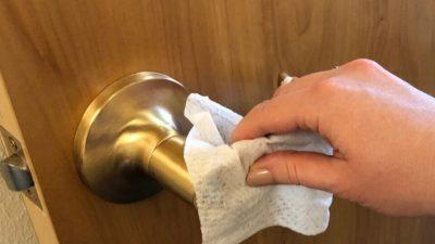 Заштитете се од бактериите во јавните тоалети: Овие совети мора да ги почитувате!