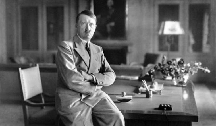 Na-aukcija-prodadeni-rachno-pishuvani-govori-na-Hitler.jpg
