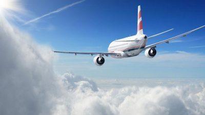 Ова не сте го знаеле: Зошто авионите оставаат бели траги на небото?