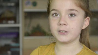 Секој би побегнал од собата во која спие ова 8-годишно девојче: Таа е веројатно најхраброто дете на светот! (ФОТО)