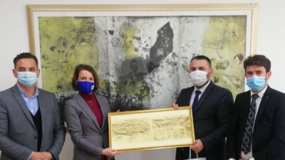 Претставници на Дипломатската академија на Косово во …