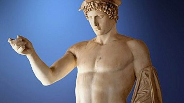 Skulptura-od-4-vek-p.n.e.-pronajdena-vo-kanalizacija-vo-Atina.jpg