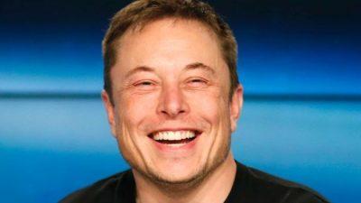 Илон Маск: За две години вселенски брод без екипаж, а човек ќе слета на Марс за 6 години