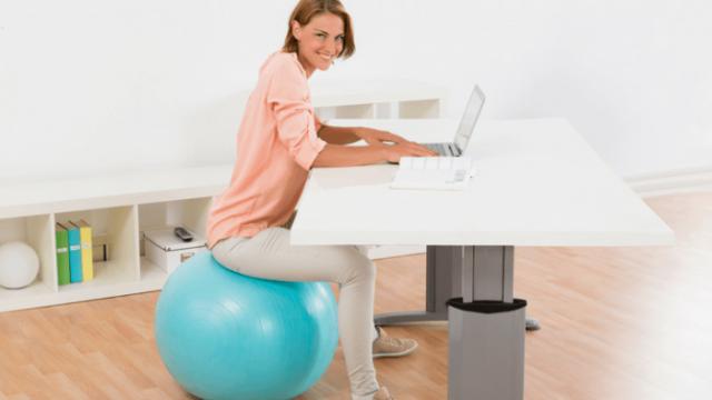 Zamenete-go-vashiot-stol-so-pilates-topka-dodeka-rabotite-od-doma.png
