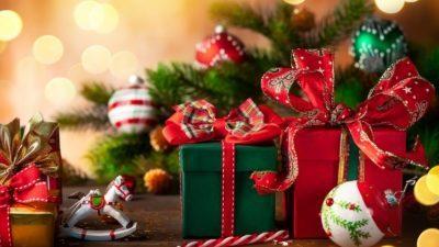 Зошто овие две бои се симбол на Божиќ и Нова година?