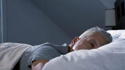 Важни совети за сите кои страдаат од несоница: Овие работи исфрлете ги од спалната соба